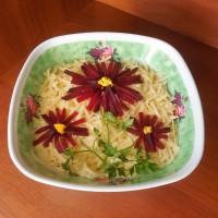 Слоеный мясной салат