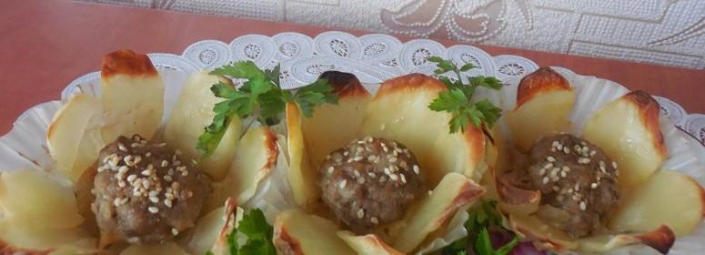 Цветы из картофеля