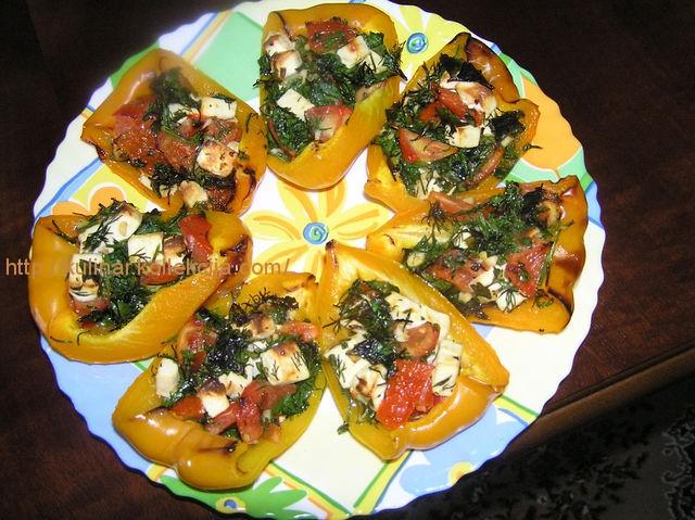 Перец запеченный с овощами