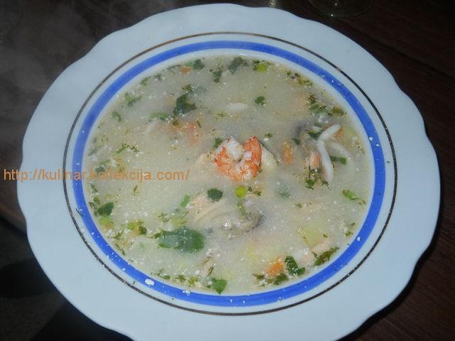 Суп сырный с морепродуктами
